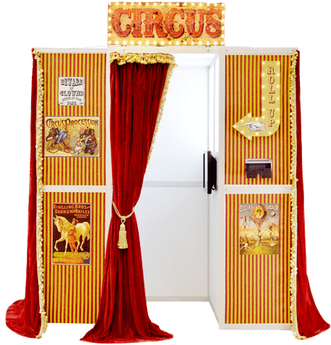 picture of the vintage circus photo booth