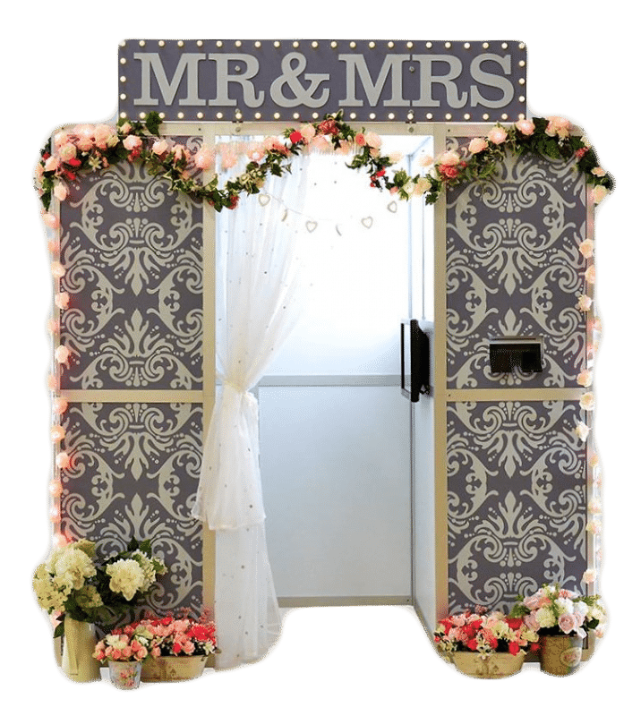 Picture of the mr & mrs wedding photo booth